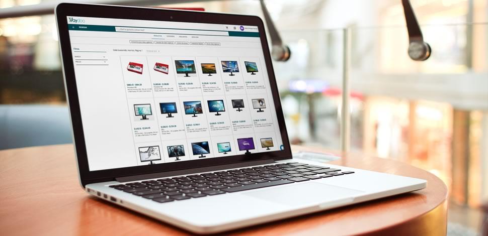Laptop showcase pb